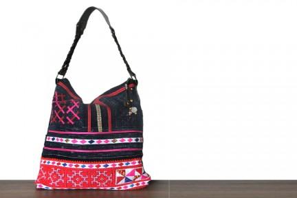 Maxi sac oversize de couleur pour les vacances et la plage