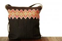 Joli petit sac à bandoulière ethnique chic femme