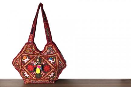Sac à main patchwork de tissus style indien rétro cuir et broderies