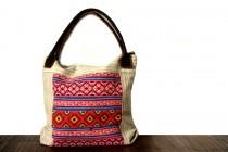 Grand sac de couleur et de luxe