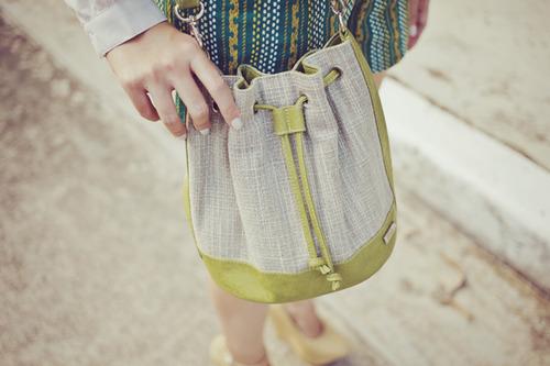Quel sac à main avec une robe?