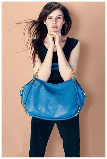 sac main bleu
