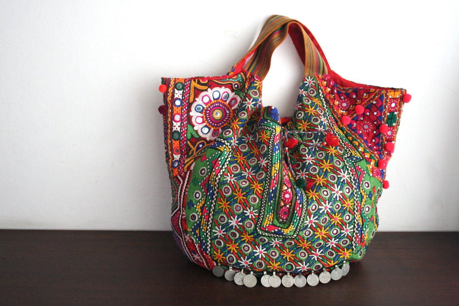 Connu Le sac à main forme cabas ou trapèze pour femme XM99