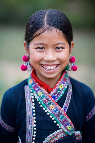 petite fille hmong