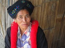 Artisan du Cabas ethnique bohème Mien